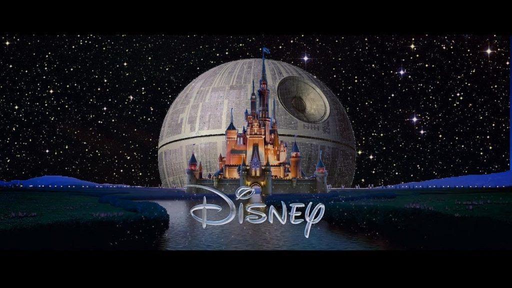 El castillo de Disney y la estrella de la muerte de Star Wars